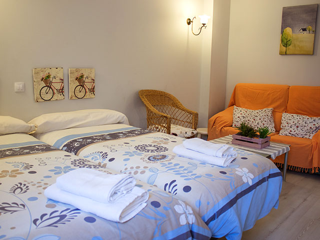 Habitación ático 3 - Casa Azul de la Ribera